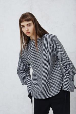 ギンガムチェックドローストリングシャツ