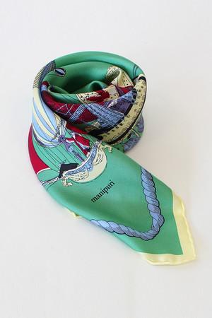 【予約販売】【manipuri】カーニバル柄シルクスカーフ