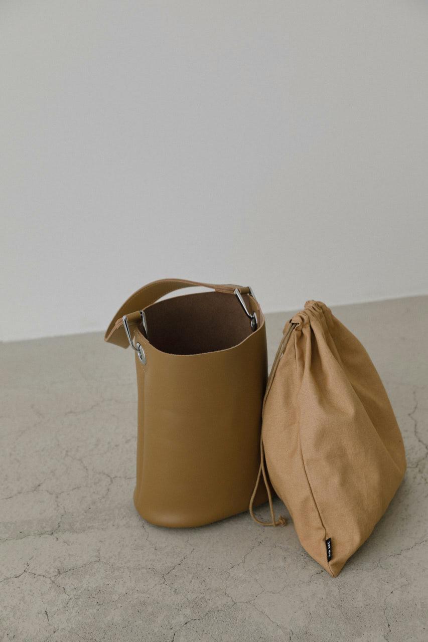 リムアーク/RIM.ARKのLeather bucket mini bag/バッグ(ベージュ/460CAL55-0430)